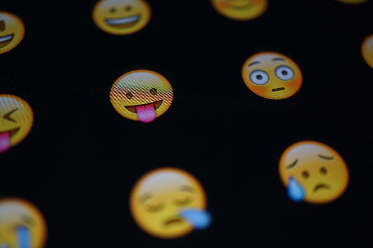 Quién Es El Dueño De Los Emojis Departamento De Propiedad